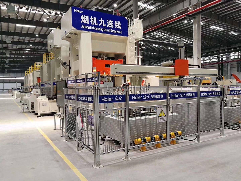 500吨冲床多工位自动线顺利交付