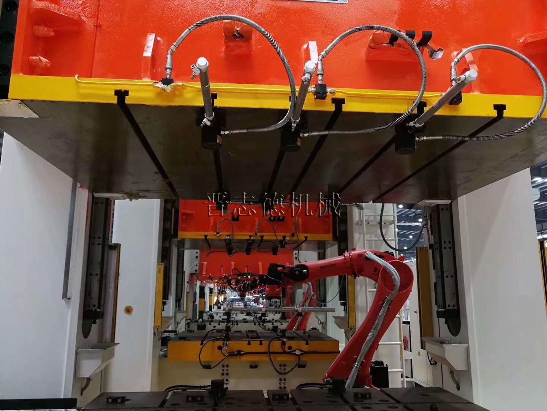 冲床自动化生产线